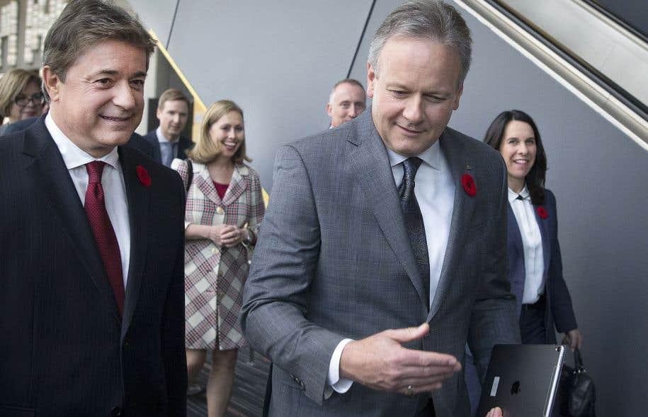 L'institution dirigée par le gouverneur Stephen Poloz prévoit pourtant que la croissance économique canadienne restera supérieure à son rythme normal jusqu'à la fin de l'année.