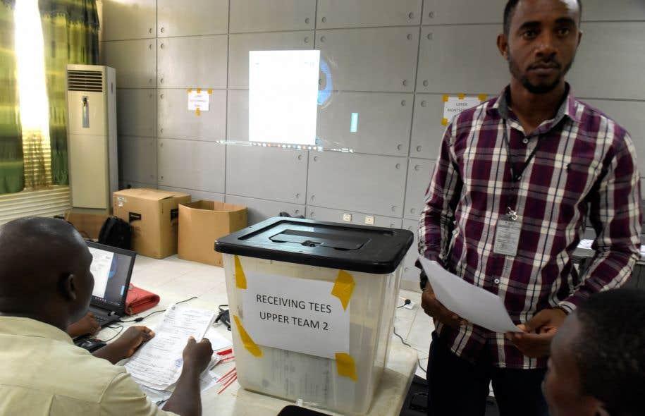 Le dépouillement des bulletins de vote devrait se poursuivre plusieurs jours