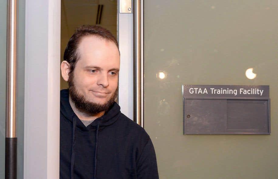 L'ex-otage canadian Joshua Boyle fait face à 15 chefs d'accusation, dont deux pour agression sexuelle.