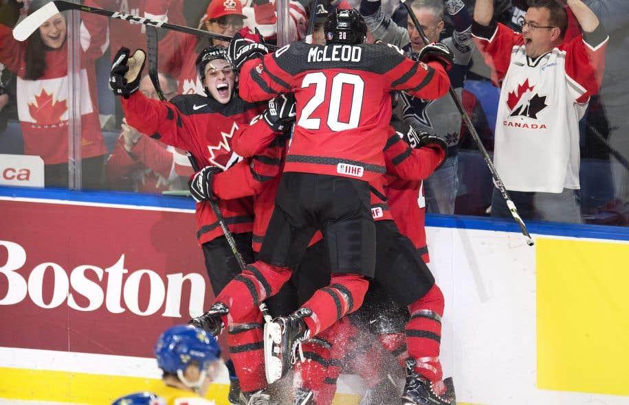 Le Canada de nouveau champion du monde — CMHJ
