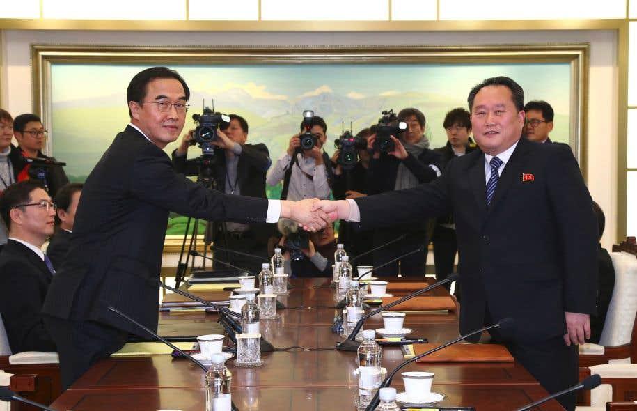 Il ne faut jamais abandonner la dénucléarisation de la Corée - Moon