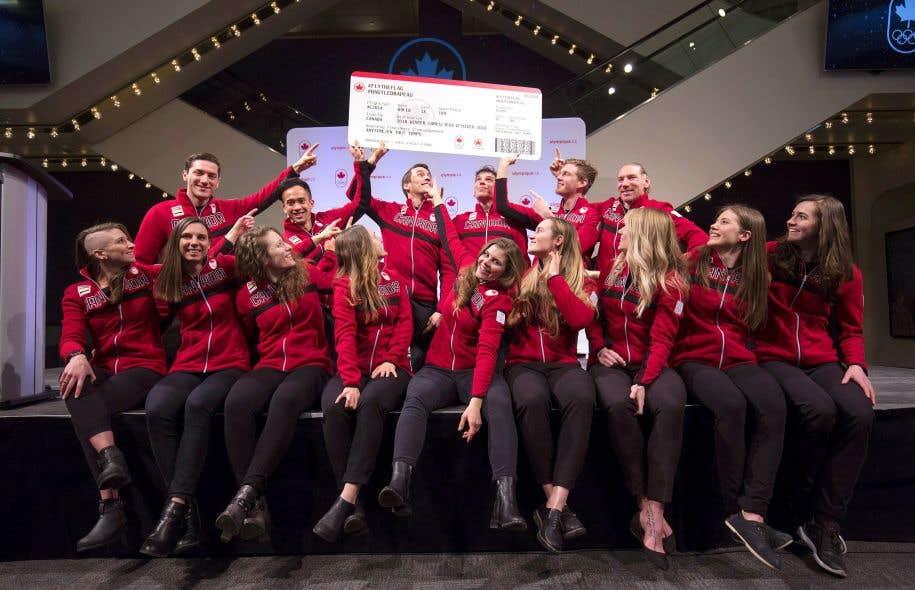 L'équipe olympique canadienne de patinage de vitesse longue piste a été présentée mercredi à Calgary.