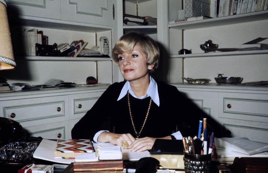 La romancière et comédienne française Françoise Dorin, en 1974
