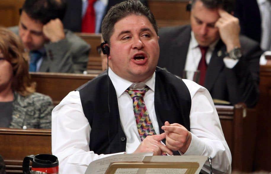 Démission du ministre canadien des Sports — Comportement sexuel inapproprié