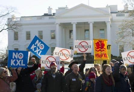 Des manifestants ont appuyé Barack Obama dans son intention d'opposer son veto à la loi, le 11 janvier dernier, devant la Maison-Blanche.