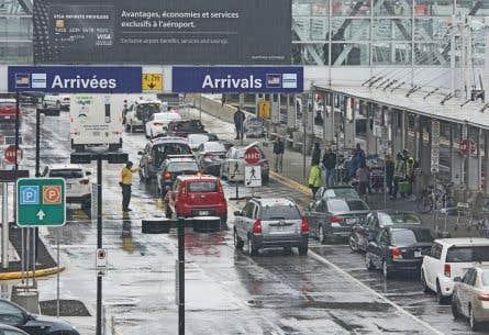 Les vols doivent atterrir soit à l'aéroport Pearson de Toronto ou à l'aéroport Montréal-Trudeau (notre photo).