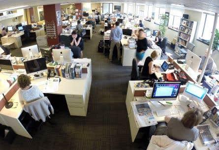 Une coalition a plaidé jeudi que le fédéral devrait <em>«accompagner»</em> les entreprises de presse écrite dans le processus de transition de leur modèle d'affaires.