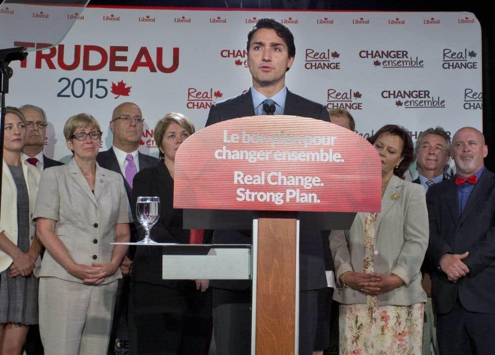Mulcair et Trudeau secoués par la tragédie de l'enfant syrien noyé