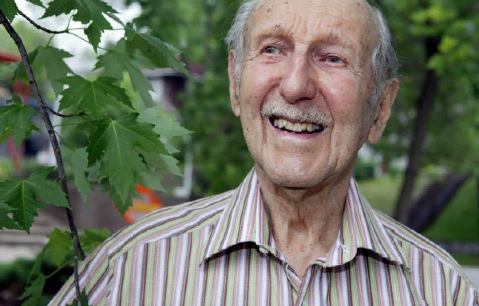 Pierre Dansereau en 2006. Le scientifique québécois, pionnier de l'écologie à l'échelle mondiale, s'est éteint hier à Montréal. Il aurait eu 100 ans mercredi prochain.<br />