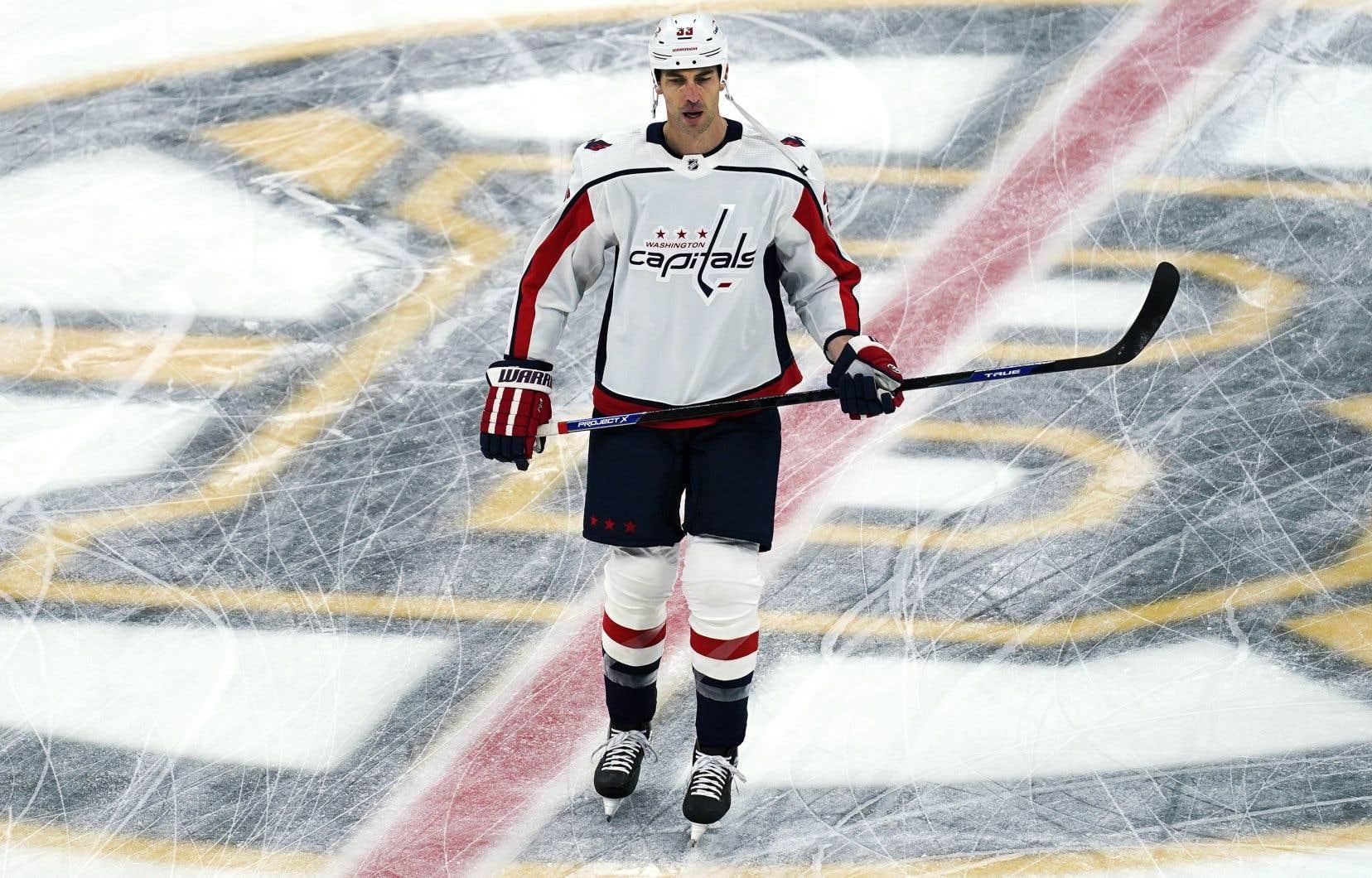 Zdeno Chara a fait ses débuts dans la LNH avec les Islanders lors de la saison 1997-1998.