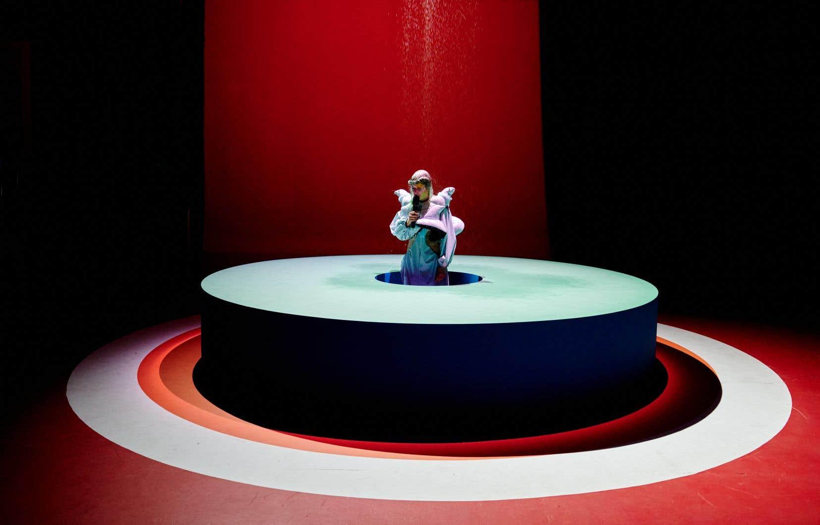 Klô Pelgag est finaliste dans huit catégories plus techniques et huit autres dans les «grandes catégories», comme interprète féminine, auteur-compositeur, album francophone, album alternatif, artiste ayant le plus rayonné hors Québec et spectacle en ligne.