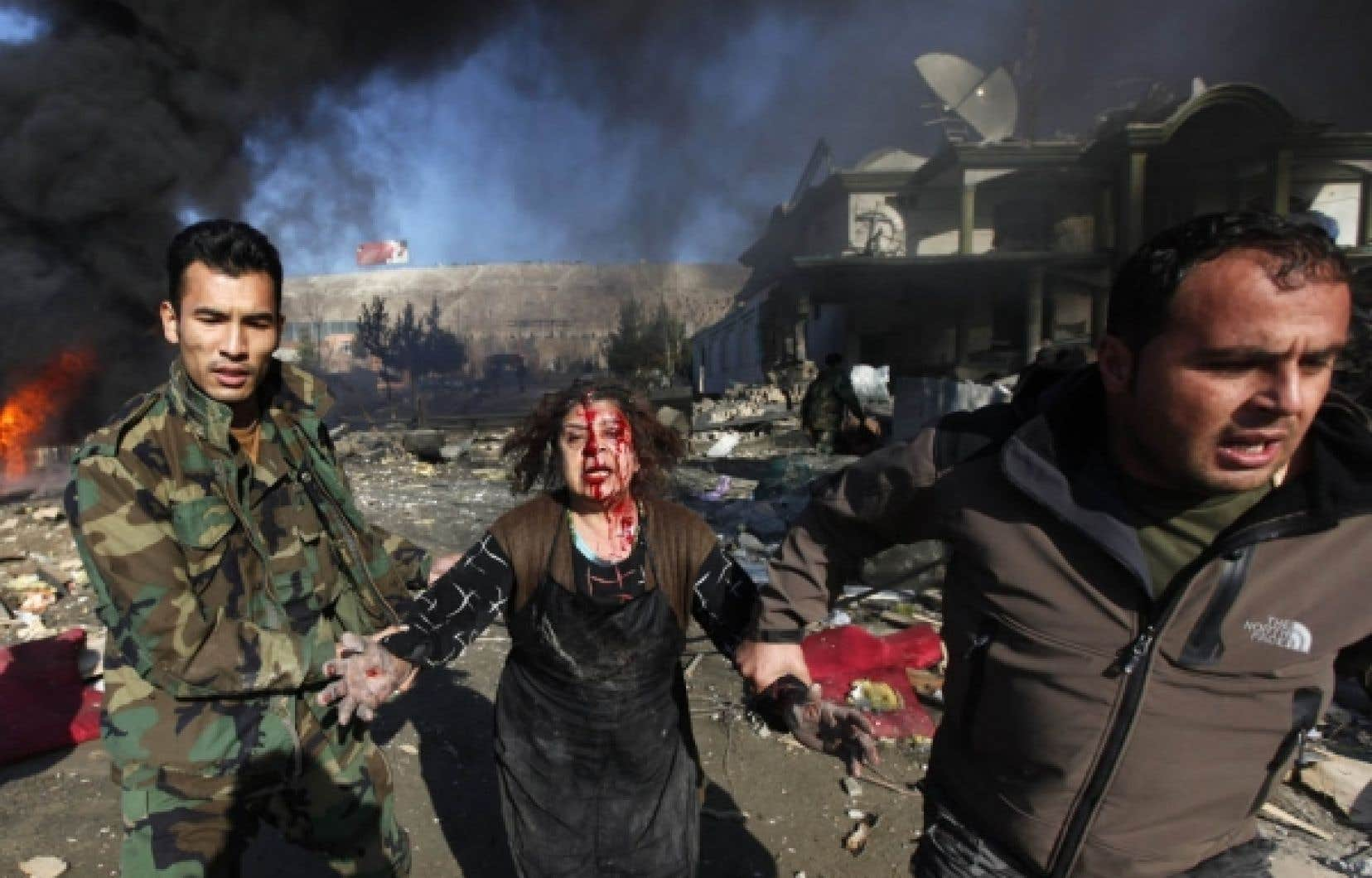 La fréquence des actes de violence ne fait qu'augmenter en Afghanistan. Ci-dessus: un attentat terroriste à Kaboul en 2009.<br />