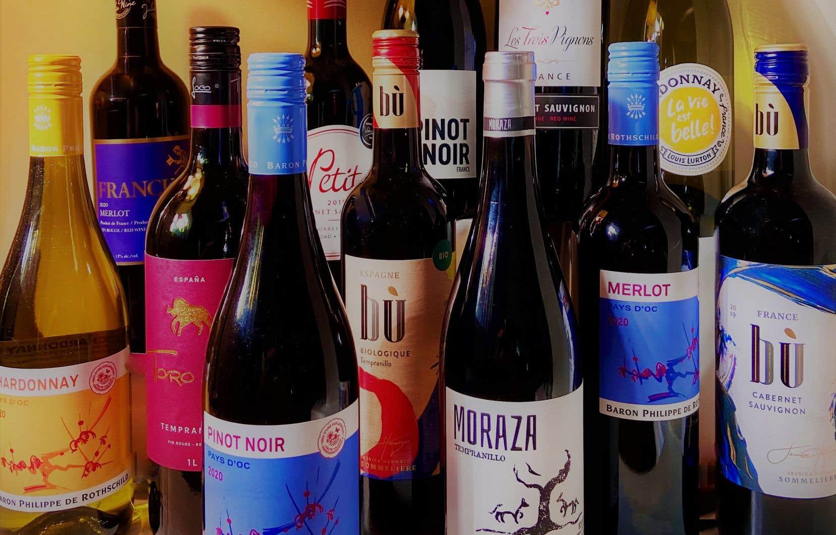 Dégustés entre 12 et 14ºC, les vins vendus en épicerie et en SAQ se sont avérés interchangeables sur la qualité et à prix comparables.