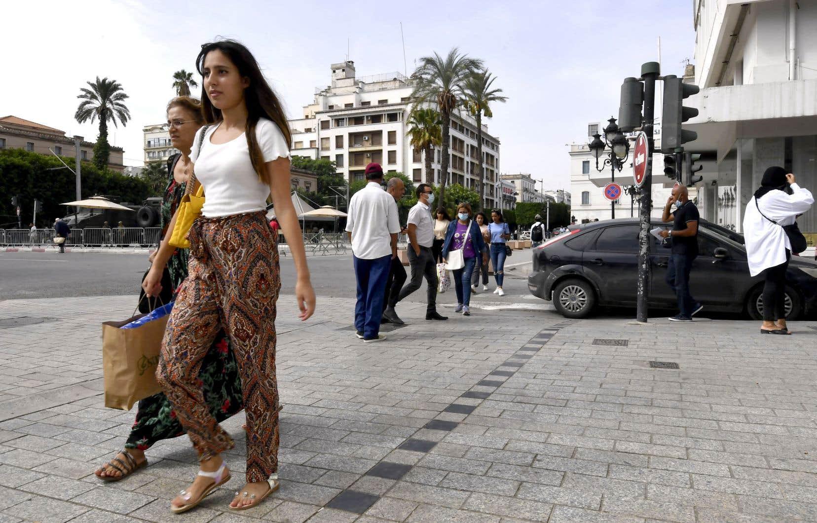 Les États généraux du livre en langue française dans le monde se sont ouverts mercredi à Tunis. Selon plusieurs participants, l'accessibilité de la littérature francophone en Afrique devra passer par un plus grand nombre d'éditeurs locaux.