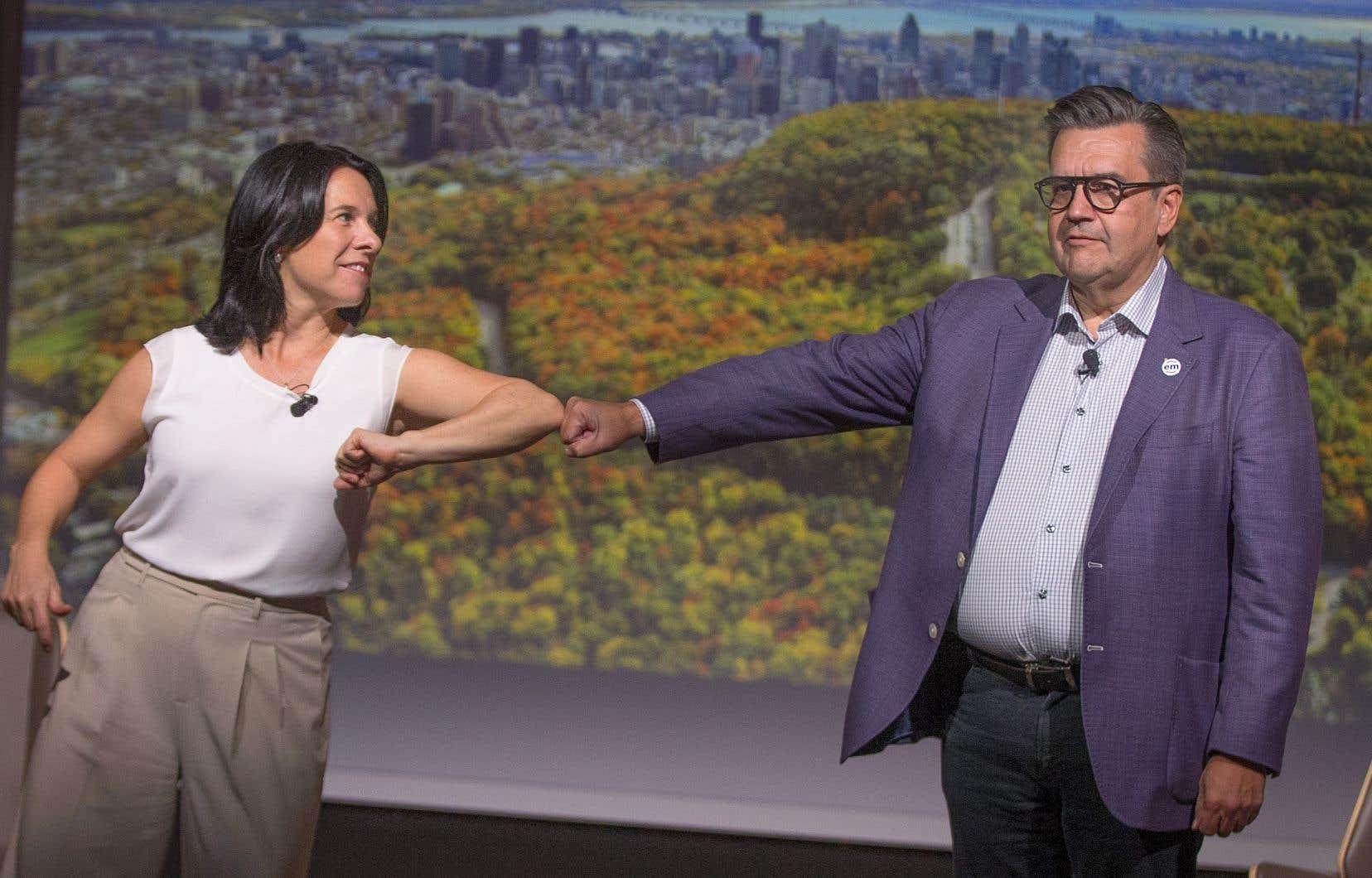 Au cours du débat, Valérie Plante a accusé son adversaire de mener une campagne négative au sujet de Montréal et Denis Coderre a, pour sa part, mis en doute la capacité de l'administration de Projet Montréal de gérer les finances de la Ville.