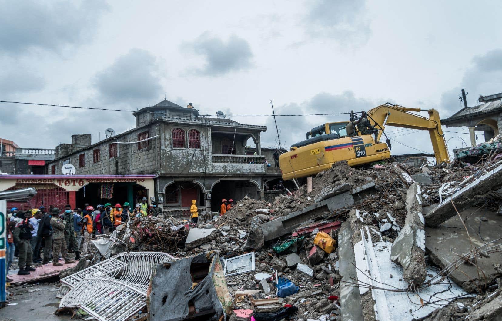 En août dernier, l'AUF s'est appuyée sur ses réseaux pour son «plan d'action solidarité-Haïti» monté en urgence après le tremblement de terre qui a tué près de 3000 personnes.
