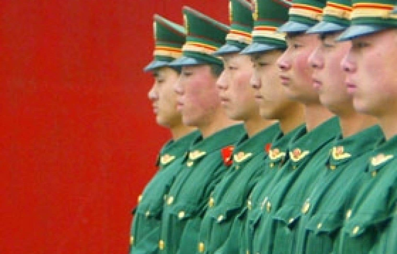 La décision du gouvernement autoritaire de la Chine d'éliminer d'ici juin les sacs de plastique contraste avec le caractère indécis des démocraties.