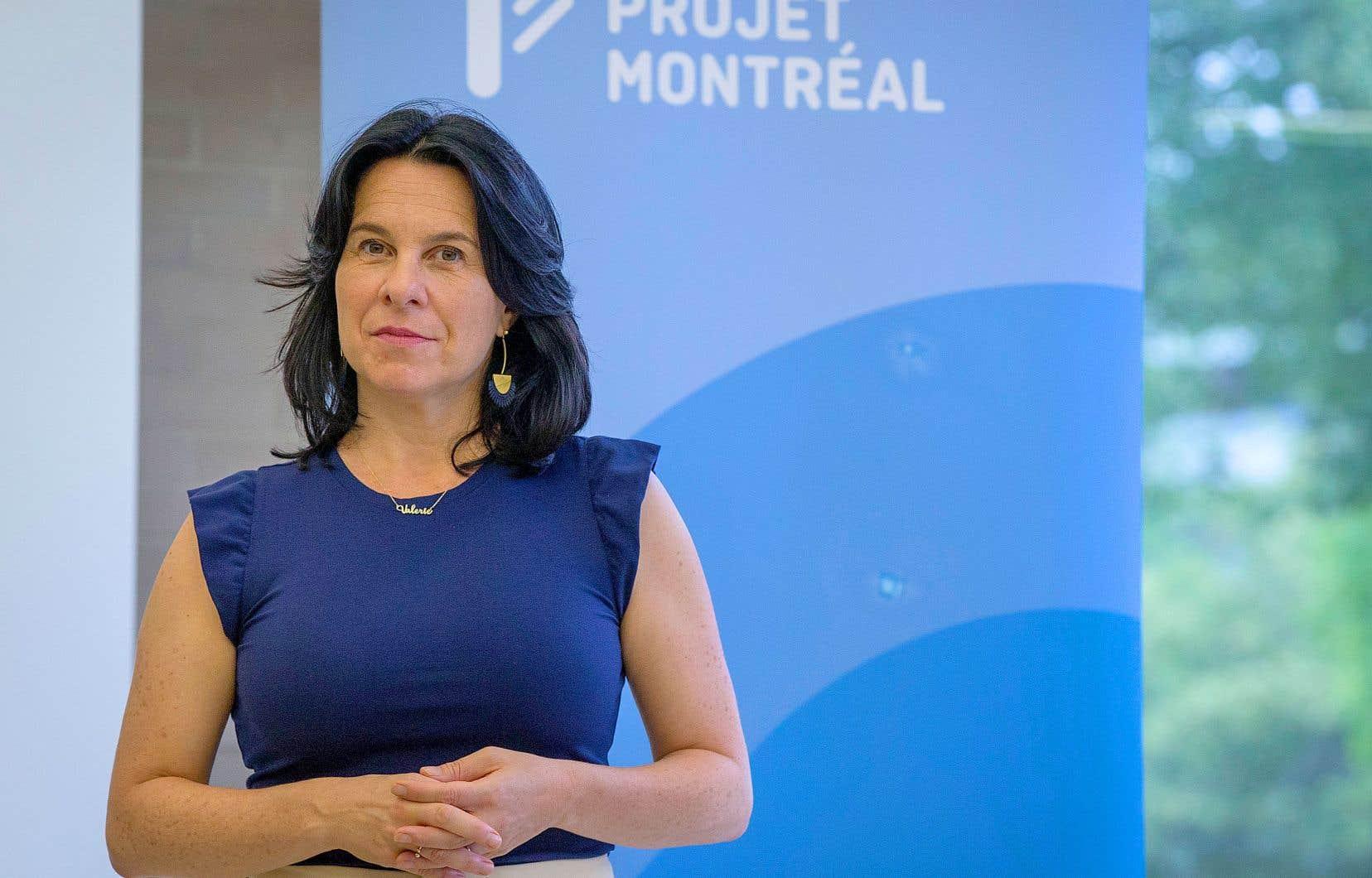 Le parti de la mairesse sortante souhaite notamment poursuivre le soutien aux projets de piétonnisation des artères commerciales à la hauteur de 4millions de dollars par année.