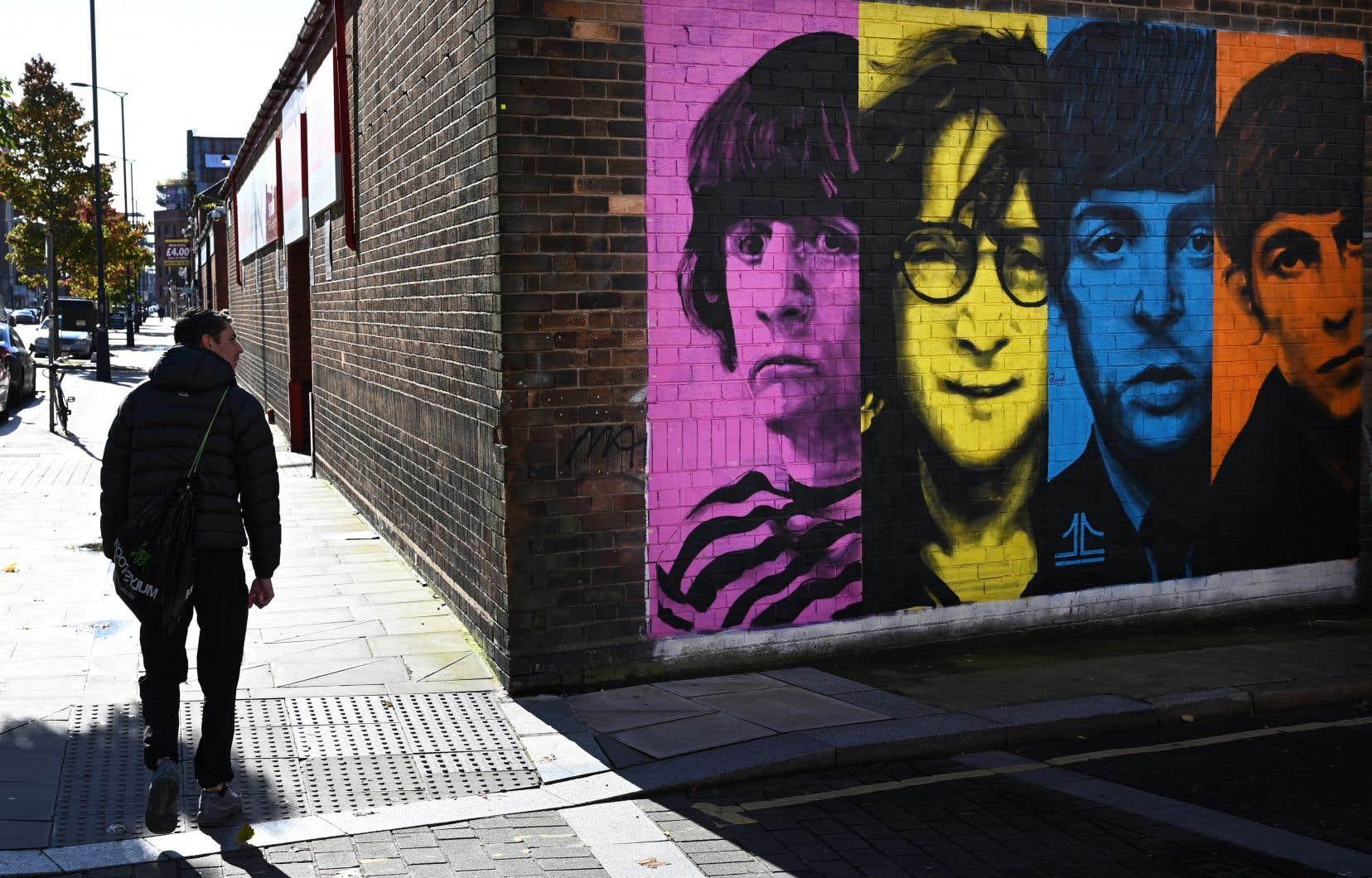 Les admirateurs du groupe débattent depuis longtemps de la séparation du groupe. Plusieurs pointent du doigt McCartney.