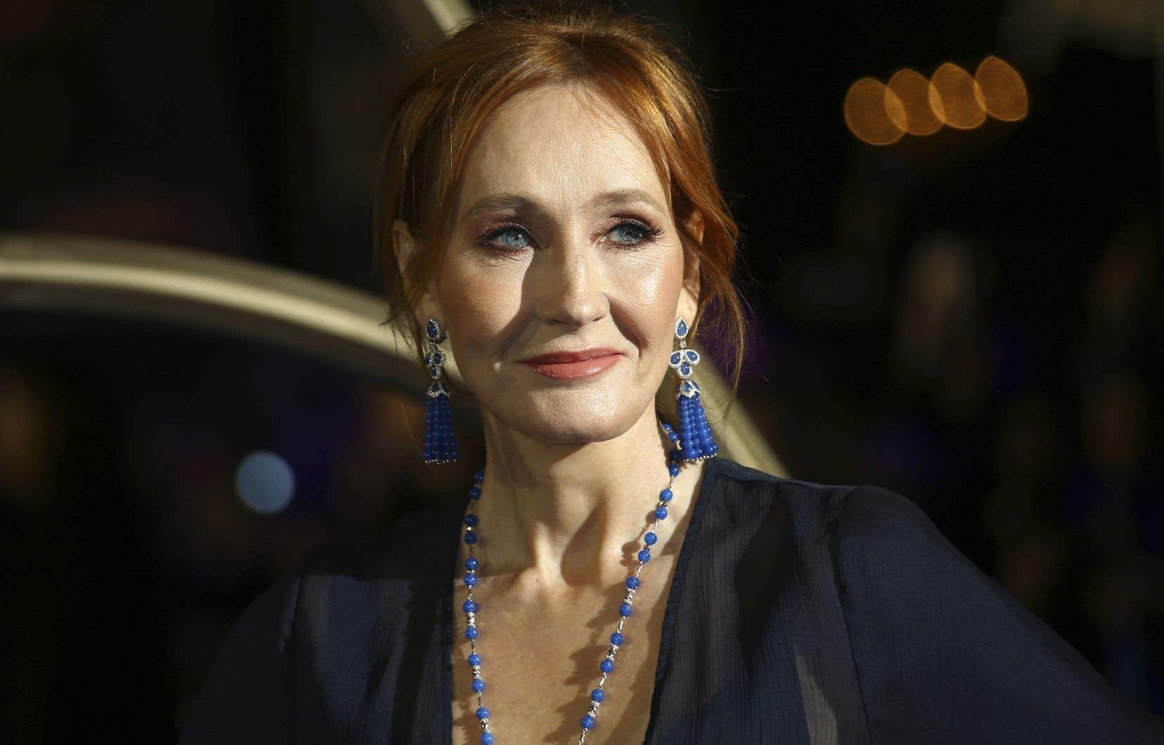 Du pur J. K. Rowling, bien servi par les illustrations de Jim Field: douillettes et souriantes ou sombres et menaçantes, elles sont à l'image du voyage enlevé et enlevant de Jack.