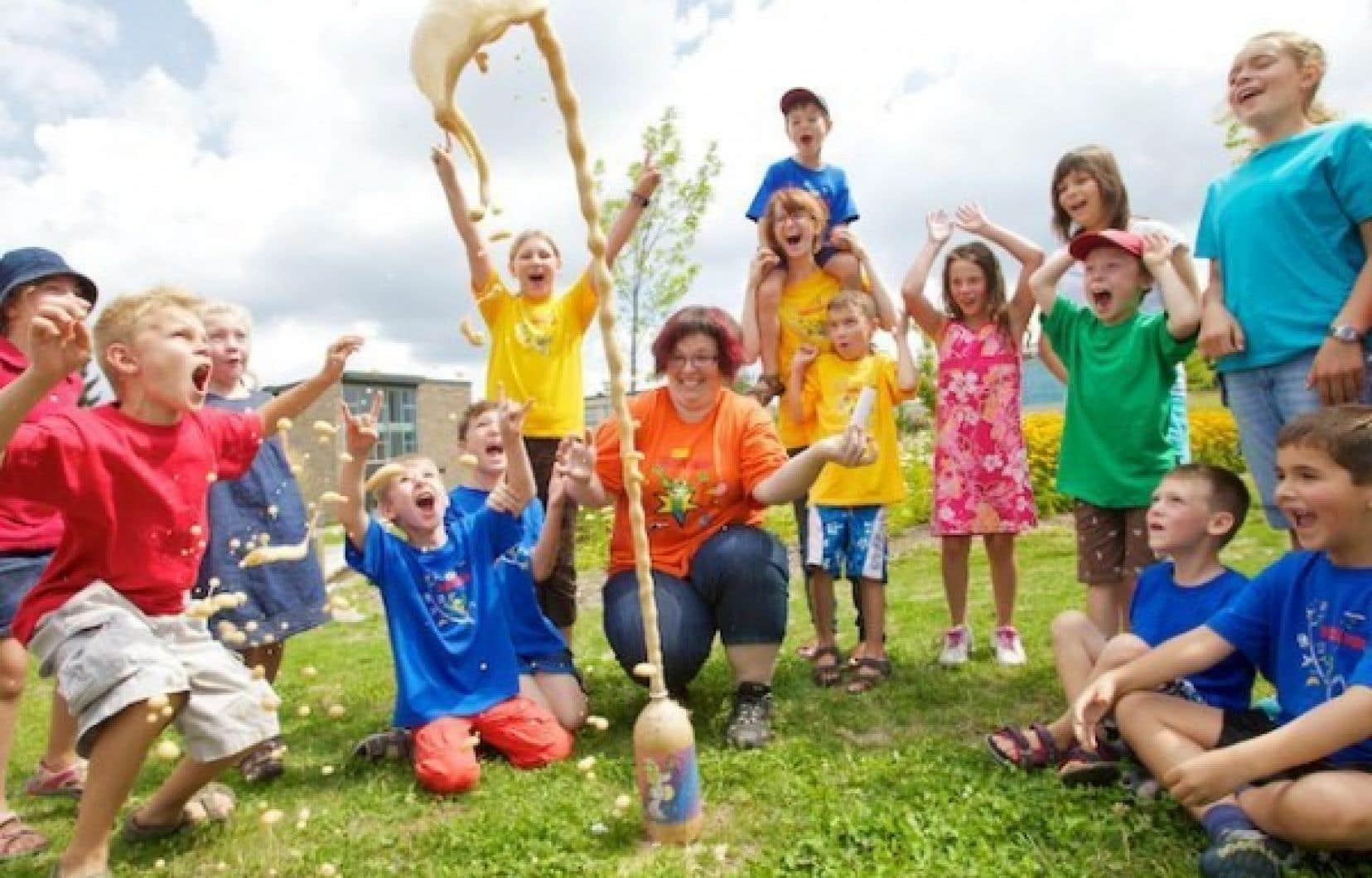 Chaque année, près de 42 000 jeunes participent à l'une ou l'autre des activités offertes par le Club des Débrouillards<br />