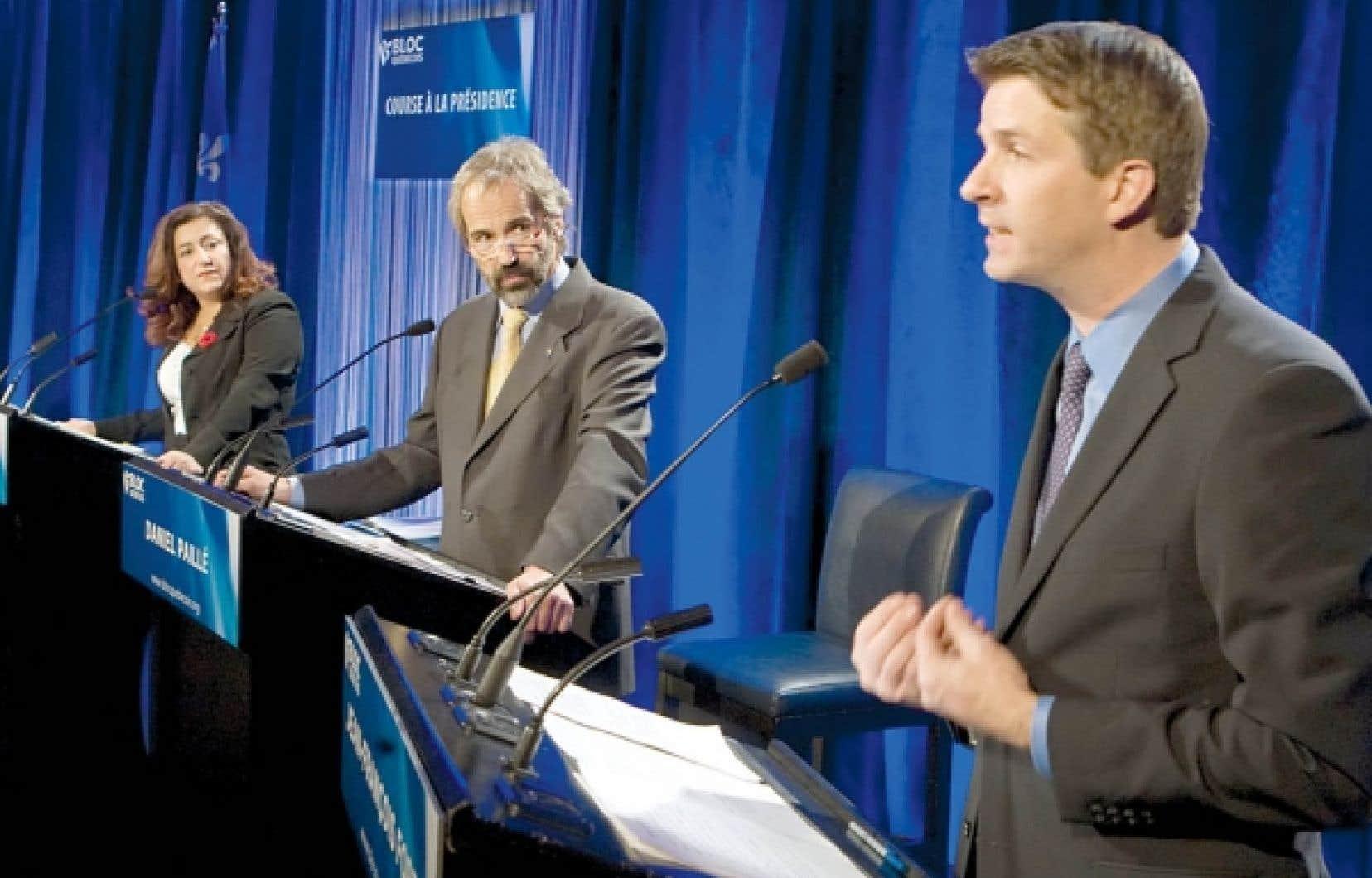Les trois candidats à la succession de Gilles Duceppe à la tête du Bloc québécois, Maria Mourani, Daniel Paillé et Jean-françois Fortin, s'affrontaient hier au cours d'un premier débat public.