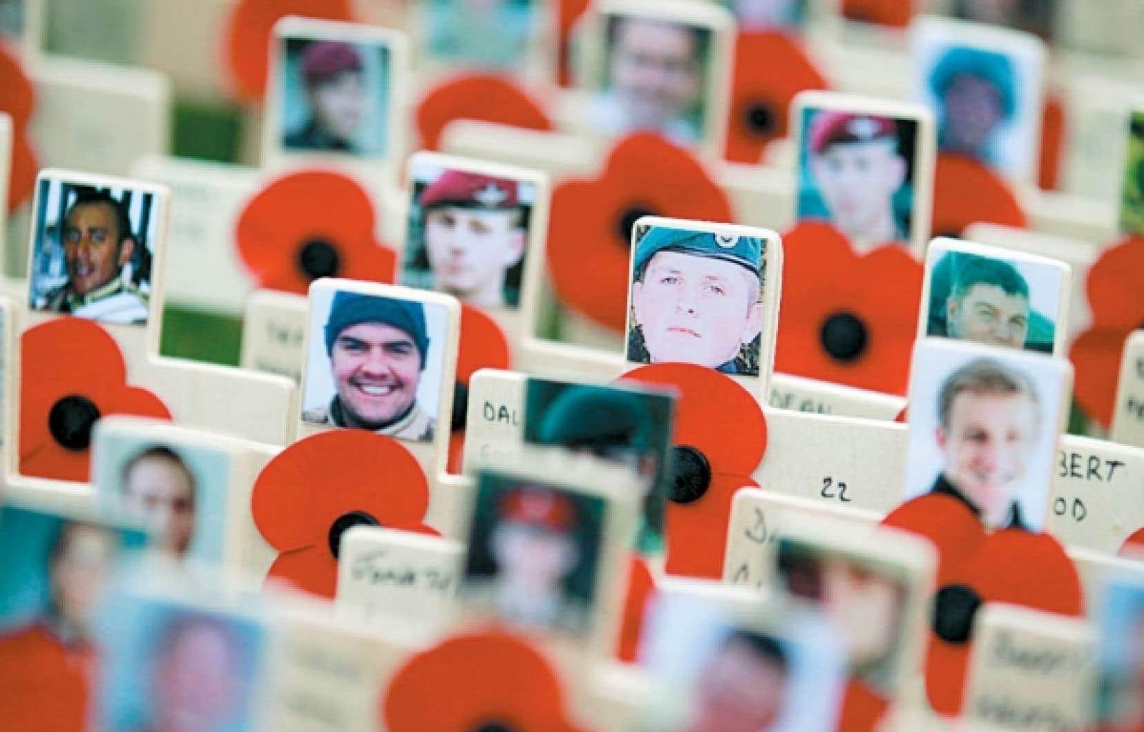 <br /> Comme ici à Londres, partout en Occident, à l'occasion du jour du Souvenir, nous célébrons aujourd'hui le courage des hommes morts au combat. Il serait aussi pertinent, affirme l'auteure, de se souvenir des civils victimes des guerres passées et actuelles, principalement des femmes et des enfants. <br />