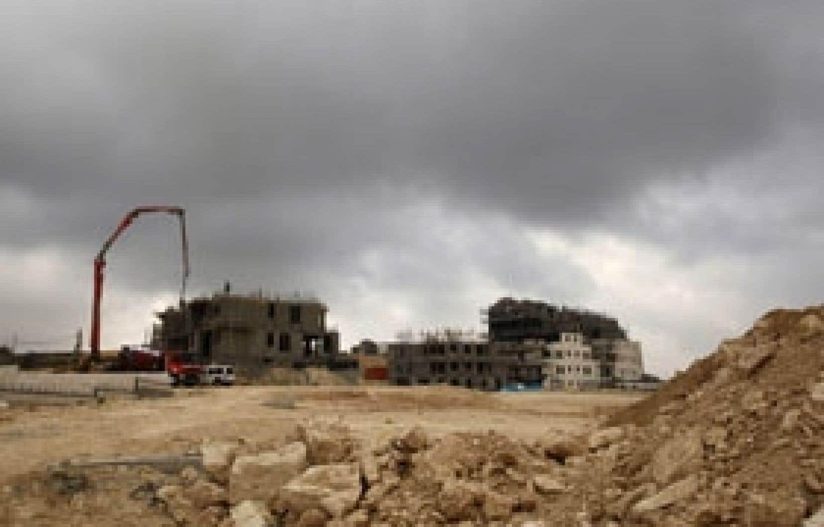 La colonisation se poursuit en dépit des engagements pris par Israël.