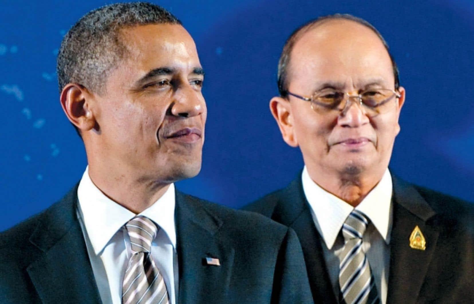 Le pr&eacute;sident birman, Thein Sein (&agrave; droite), en compagnie de Barack Obama, la semaine derni&egrave;re au sommet de l&rsquo;Association des nations d&rsquo;Asie du Sud-Est &agrave; Nusa Dua, en Indon&eacute;sie<br />