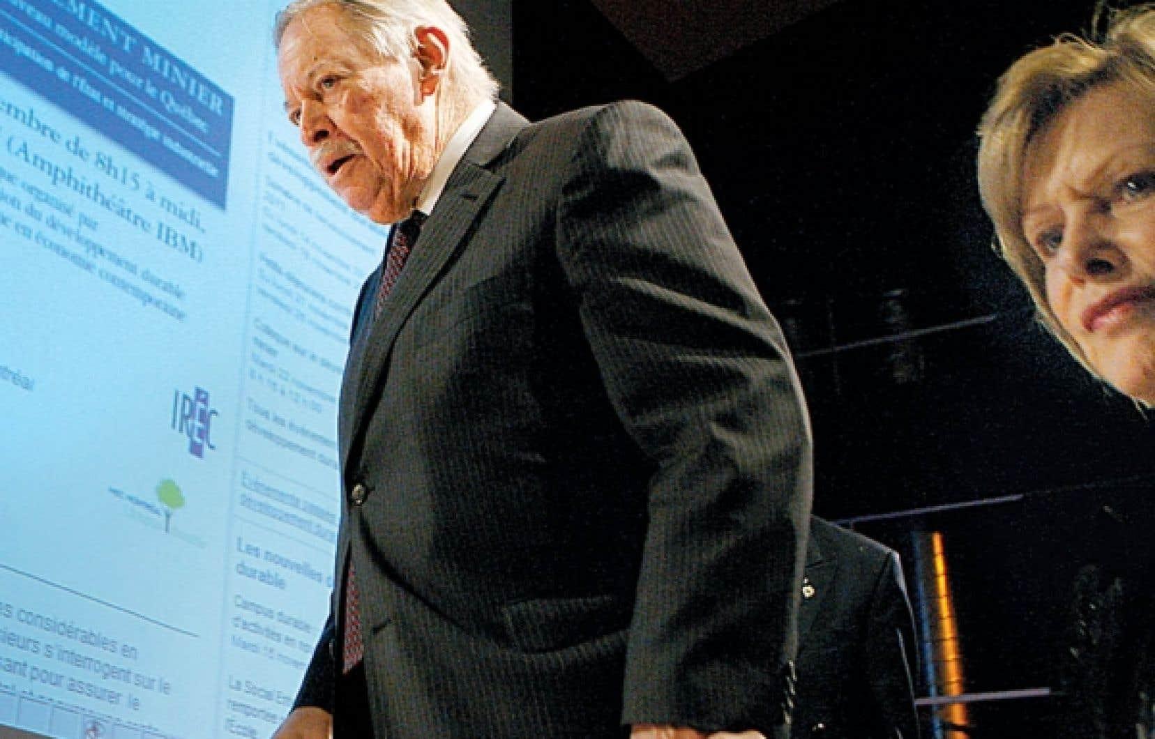 L'ancien premier ministre Jacques Parizeau était présent au colloque organisé par HEC Montréal.<br />