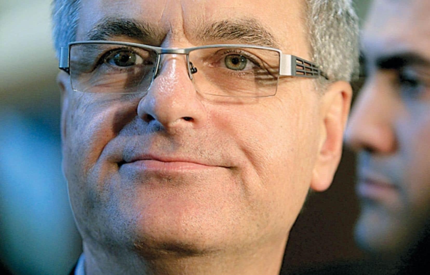 Le ministre Jean-Marc Fournier a accusé l'opposition de vouloir, par ce débat, détourner le front commun qu'il a bâti au Québec. <br />