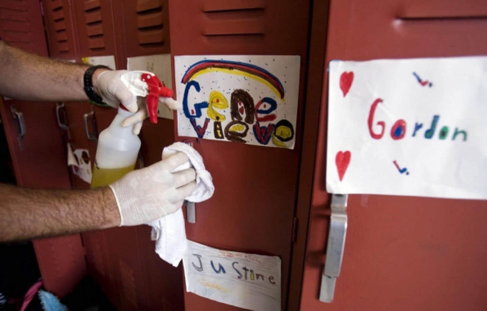 La CSDM dressera le portrait sanitaire de ses quelque 200 établissements montréalais.<br />