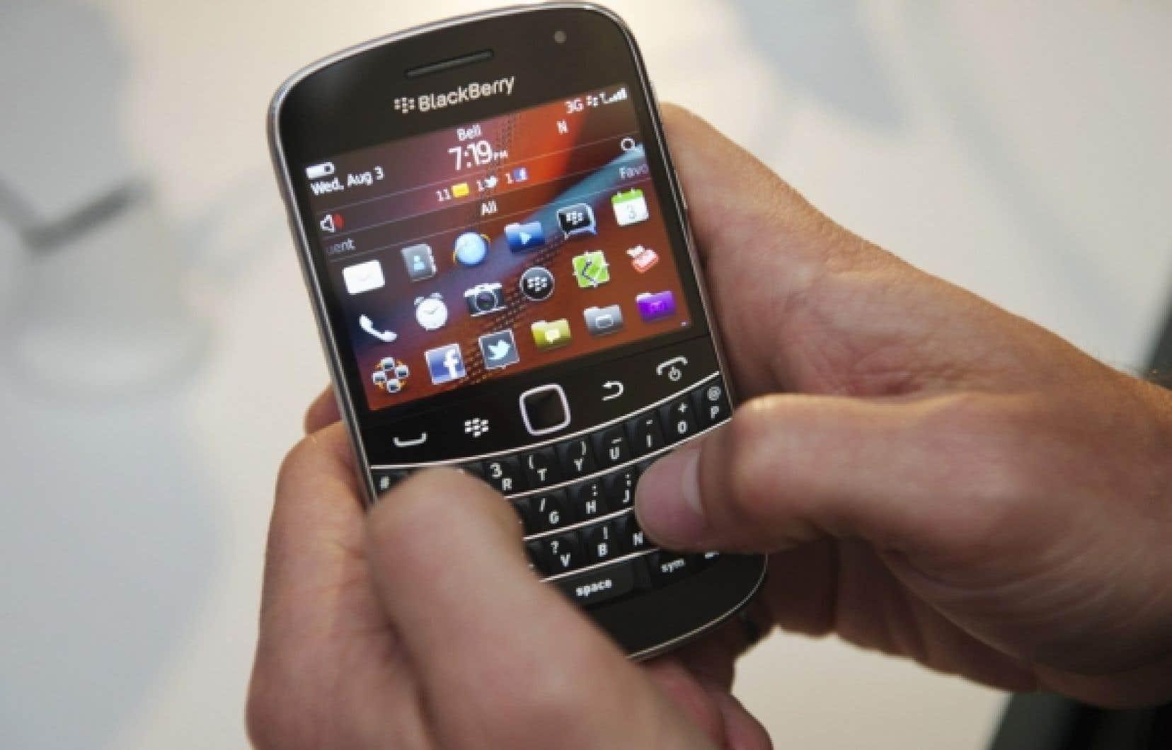 Le BlackBerry, cet outil de désir du début du siècle qui, en 2001, a fait entrer le courriel, puis le Web, la photo, la vidéo dans l'ère de la mobilité, n'a plus trop la cote.