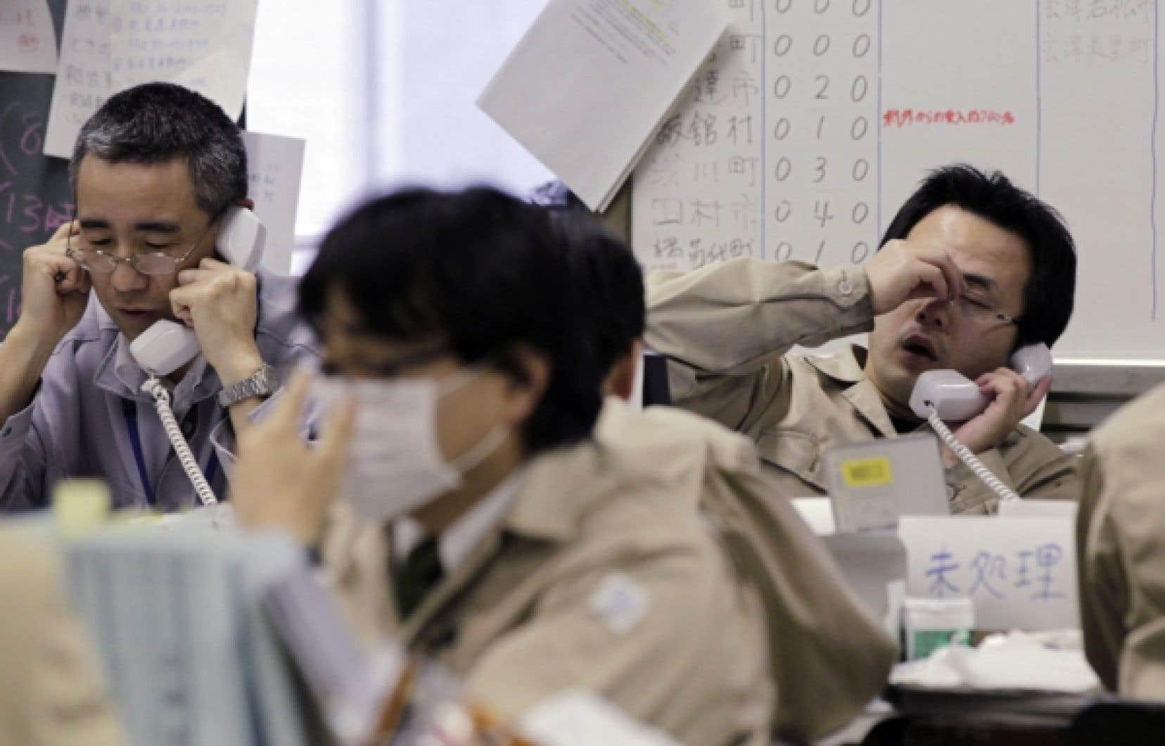En mars dernier, les Japonais tentaient tant bien que mal de gérer cette catastrophe. <br />