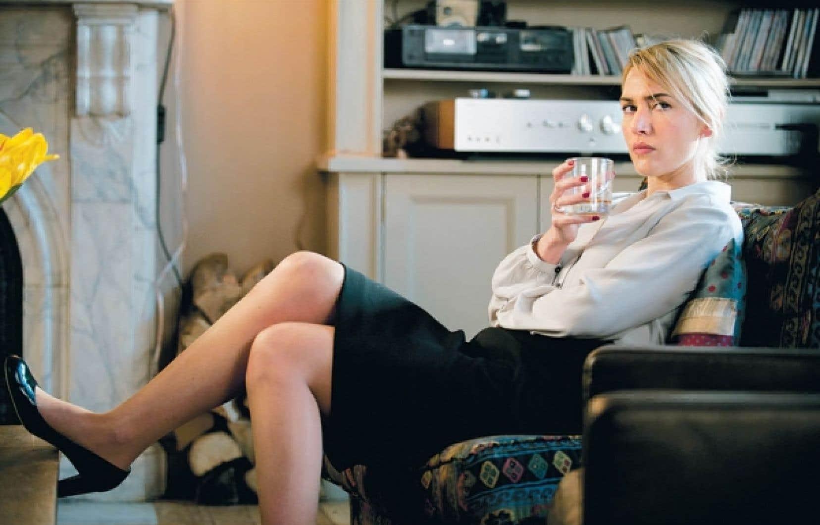 Kate Winslet en épouse angoissée noyée dans l'alcool, dans le dernier Polanski<br />