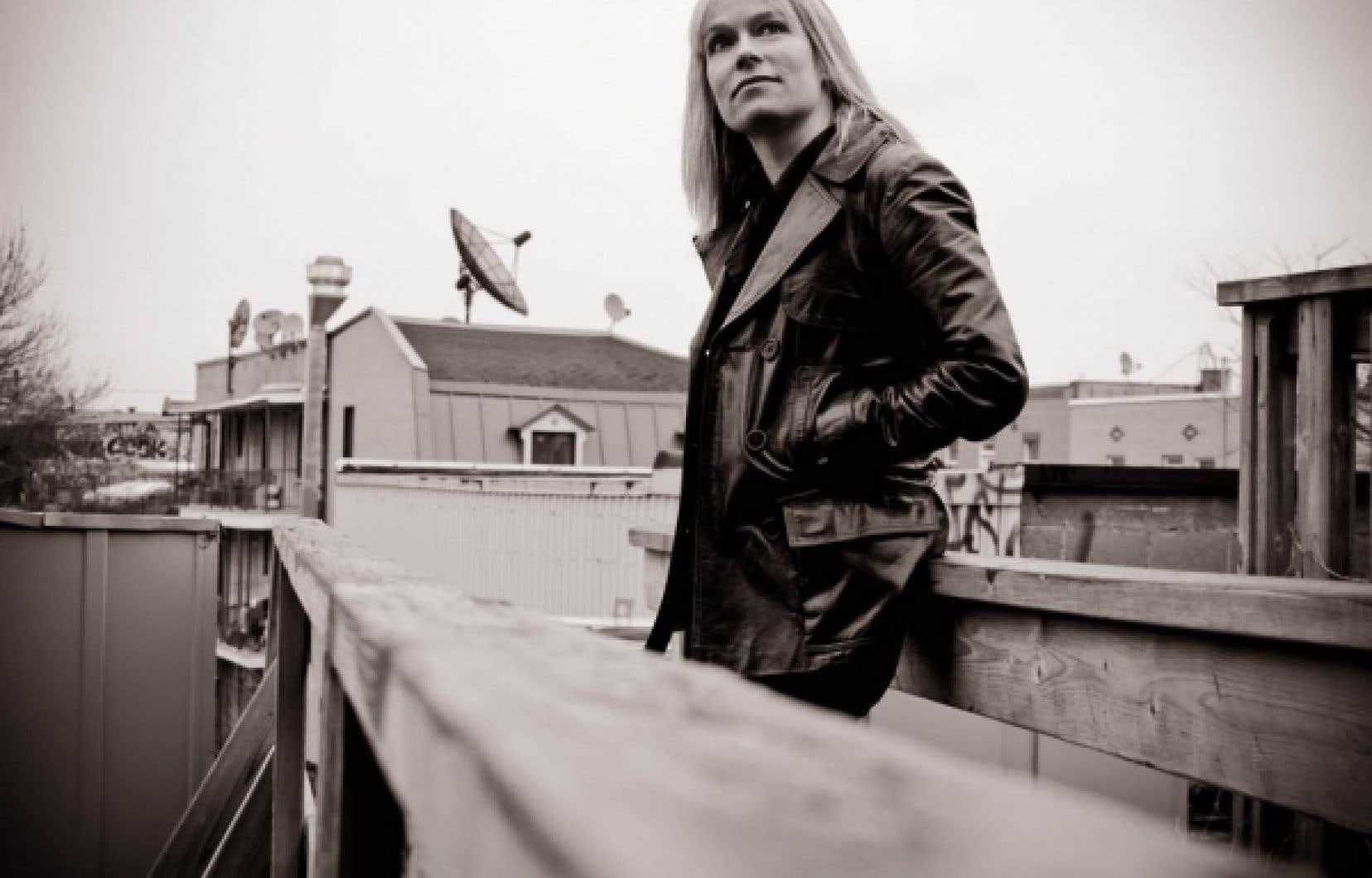 Née en 1968, Martine Delvaux est romancière et essayiste.<br />