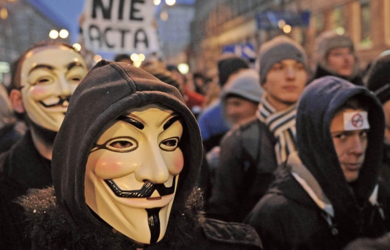 Des internautes polonais ont manifesté cette semaine leur désaccord avec le gouvernement qui voulait signer l'ACTA.<br />