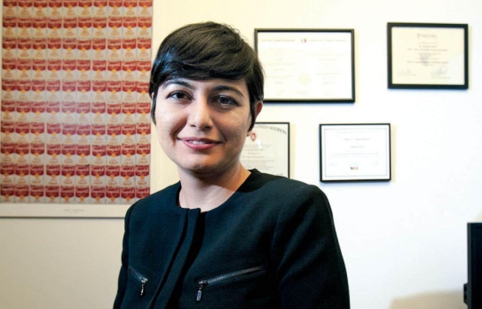 Zeynep Arsel: «Il faut avoir une autre vision des objets. Plutôt que d'acheter un livre, on peut aller à la bibliothèque, même chose avec le DVD.»