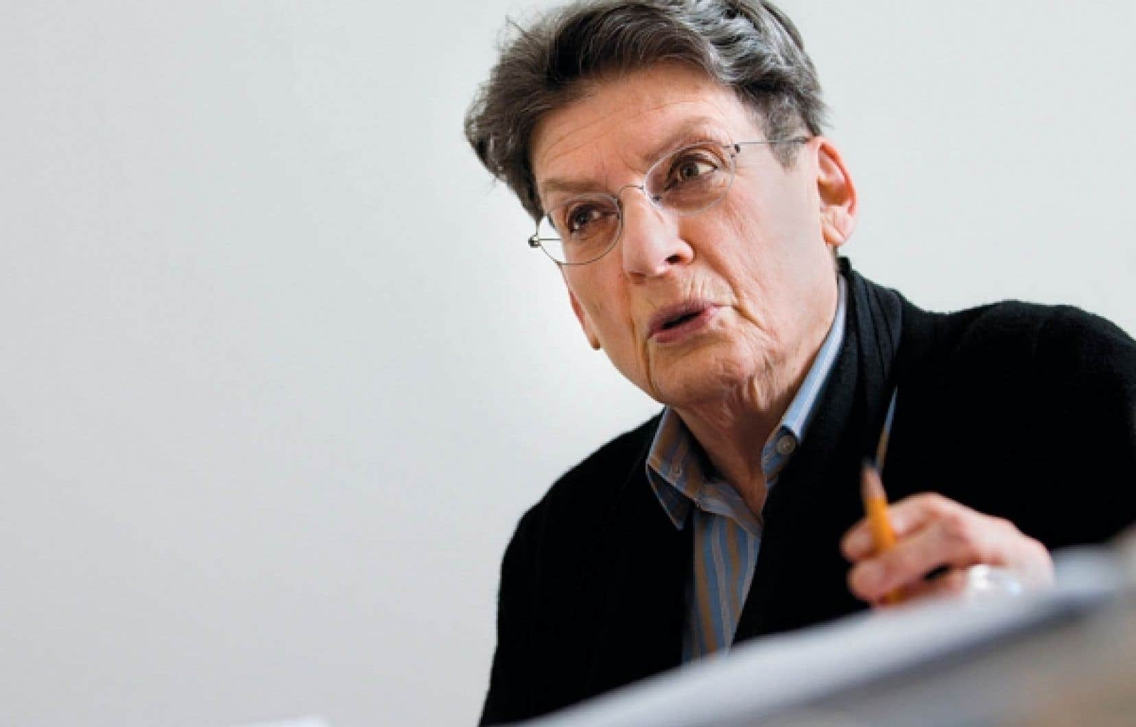 Phyllis Lambert, fondatrice du Centre canadien d'architecture, rejette complètement le credo du «faire plus au plus bas coût possible».