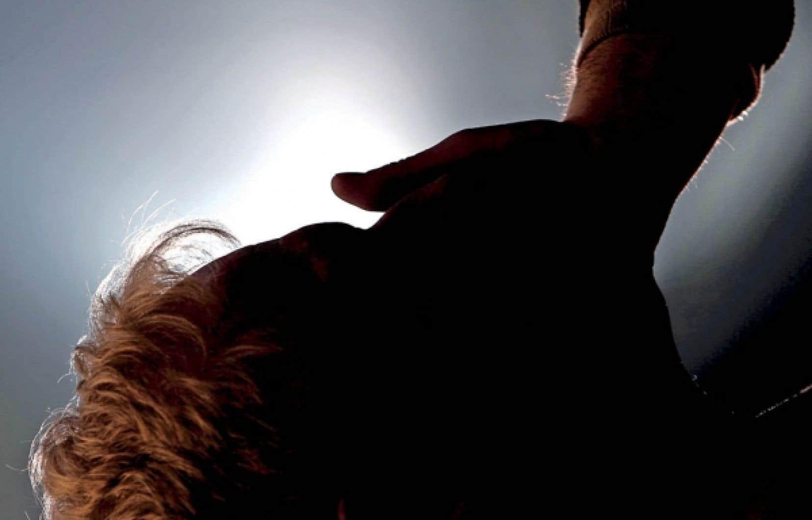 En fin de vie, nous sommes tous semblables par notre d&eacute;nuement. Nous sommes fragiles et nous craignons de souffrir. C&rsquo;est notre lot &agrave; tous. <br />