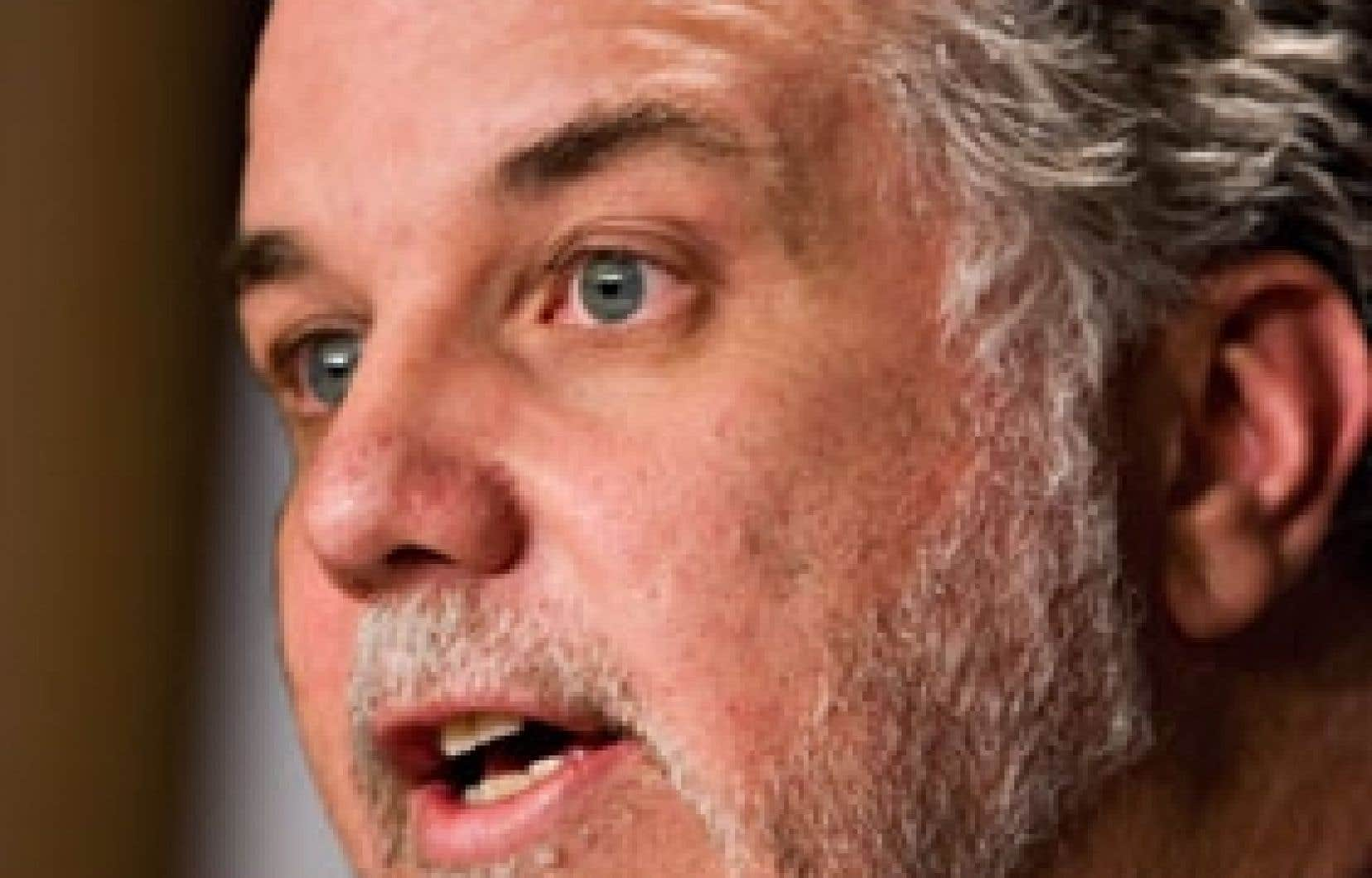 Tout en rejetant les principales recommandations du rapport Castonguay hier à Québec, le ministre de la Santé, Philippe Couillard, a dit ne pas partager «les constats un peu apocalyptiques que certains font d'un effondrement» du système de santé