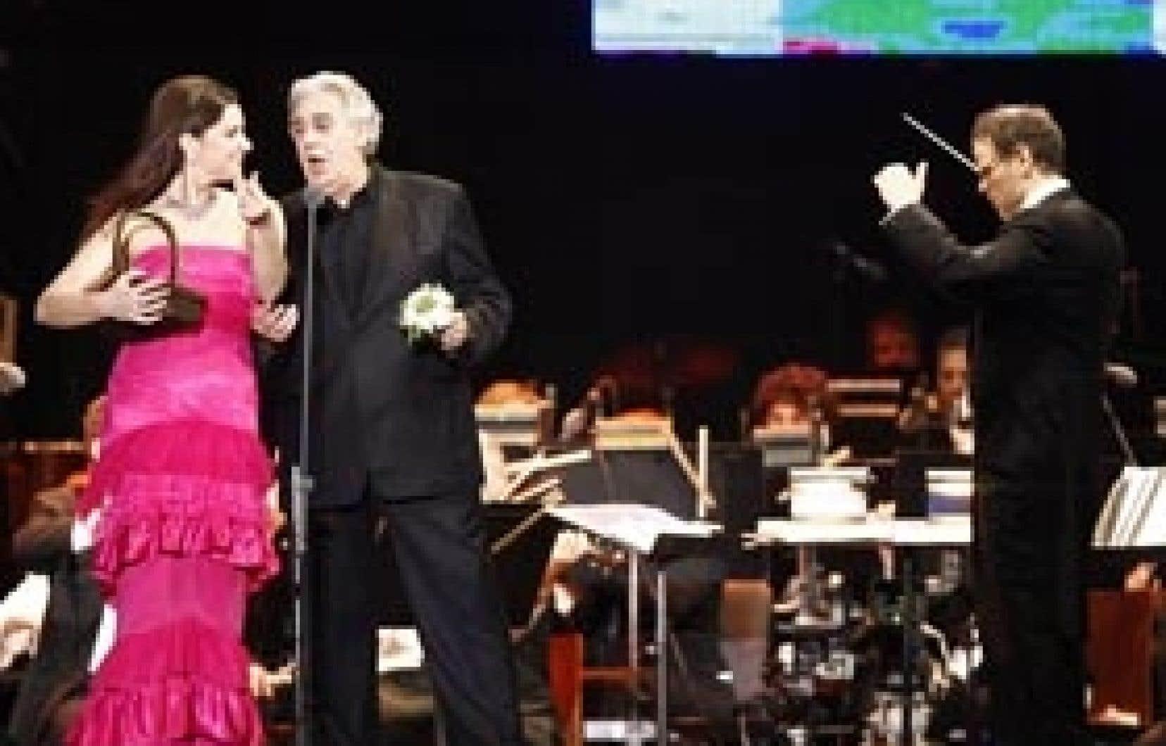 Le ténor espagnol était accompagné de la soprano Virginia Tola.