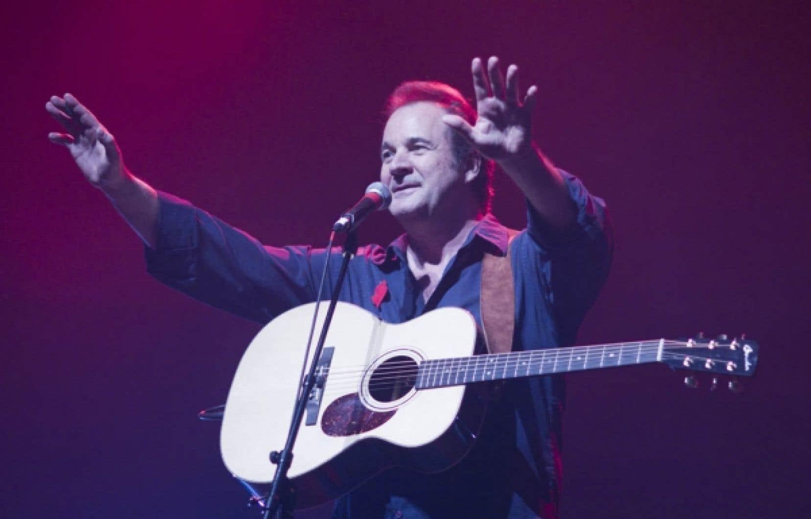 Le chanteur Paul Piché est au nombre des artistes qui ont participé hier à Montréal à un spectacle en appui aux étudiants grévistes.<br />