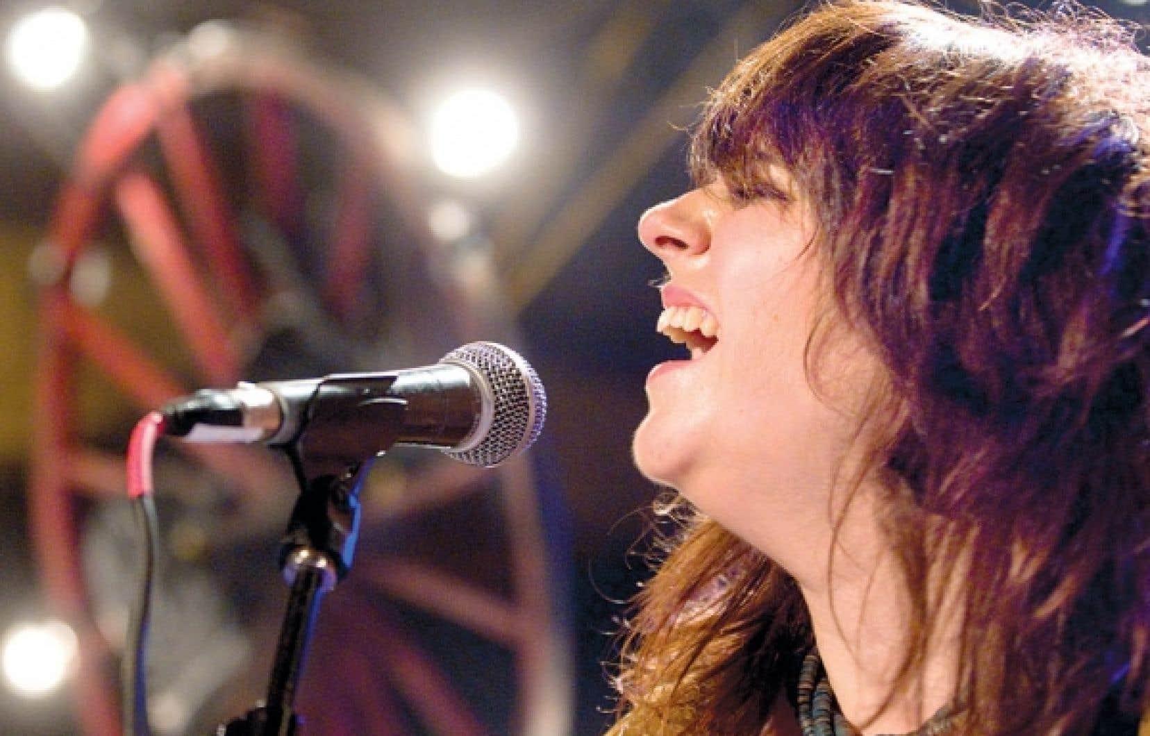 L'artiste acadienne Lisa LeBlanc lancait au Lion d'Or hier soir son tout premier album. <br />