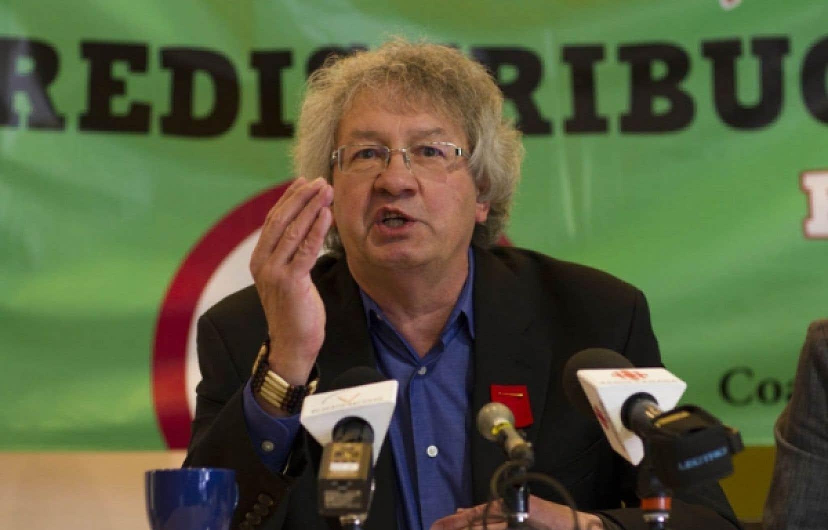 François Saillant a donné son appui aux étudiants opposés à la hausse des droits de scolarité l'automne denier. <br />
