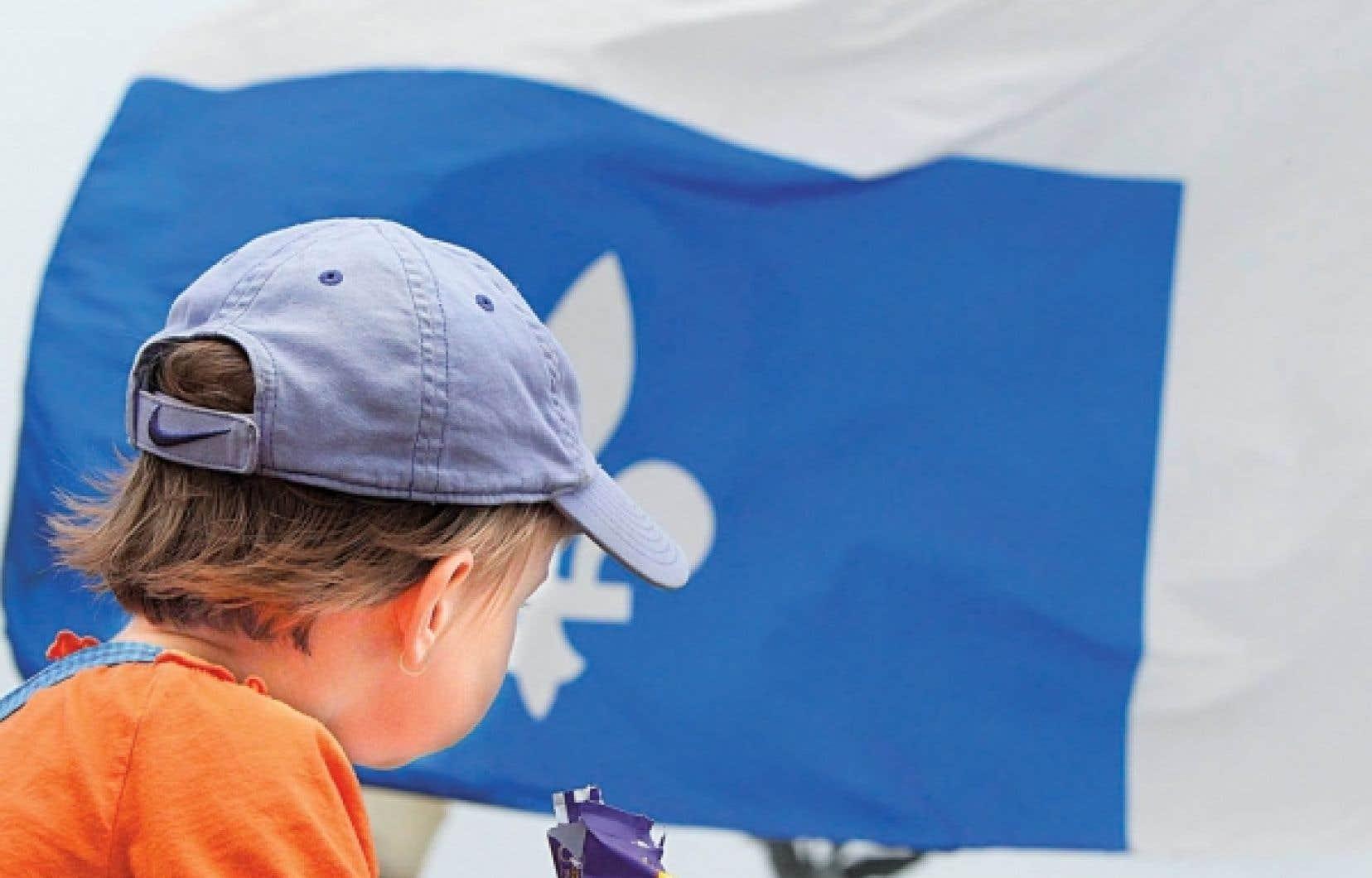 Pendant que les fédéralistes offriront encore d'autres illusoires promesses de réformes, nous offrirons aux Québécois de clore le débat une fois pour toutes et de sortir de cet hiver de force en redonnant au Québec tous les pouvoirs. Nous proposerons aux Québécois de choisir entre le Canada et le pays du Québec, écrit Pauline Marois.<br />