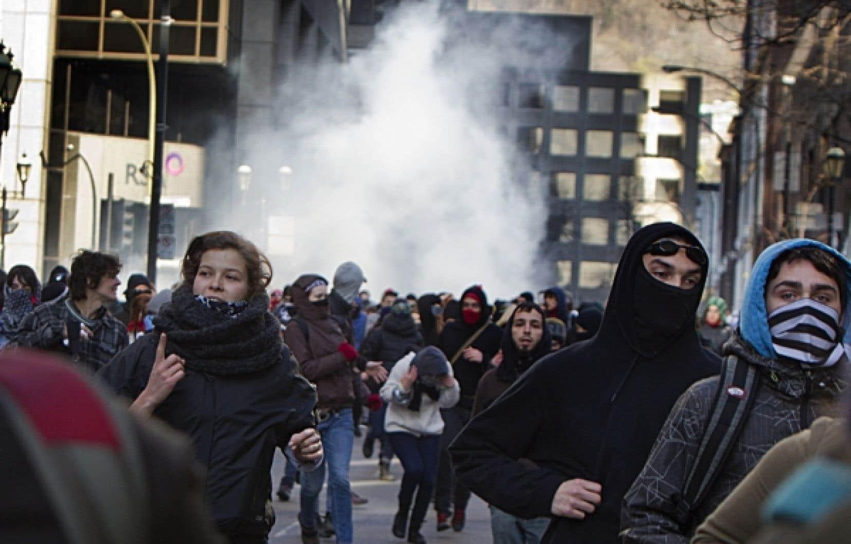 Nouvelle manifestation étudiante hier matin, rue Sherbrooke Ouest, à Montréal.<br />