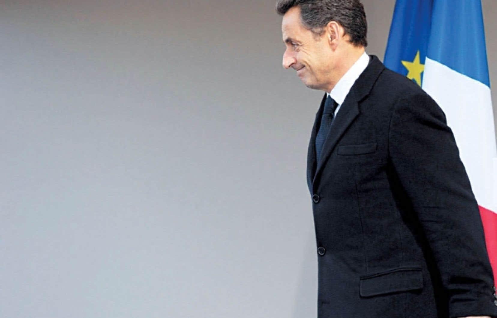<div> Le président français sortant, Nicolas Sarkozy, photographié à Paris, hier, après avoir prononcé un discours à l'occasion du 97e anniversaire du génocide arménien.</div>