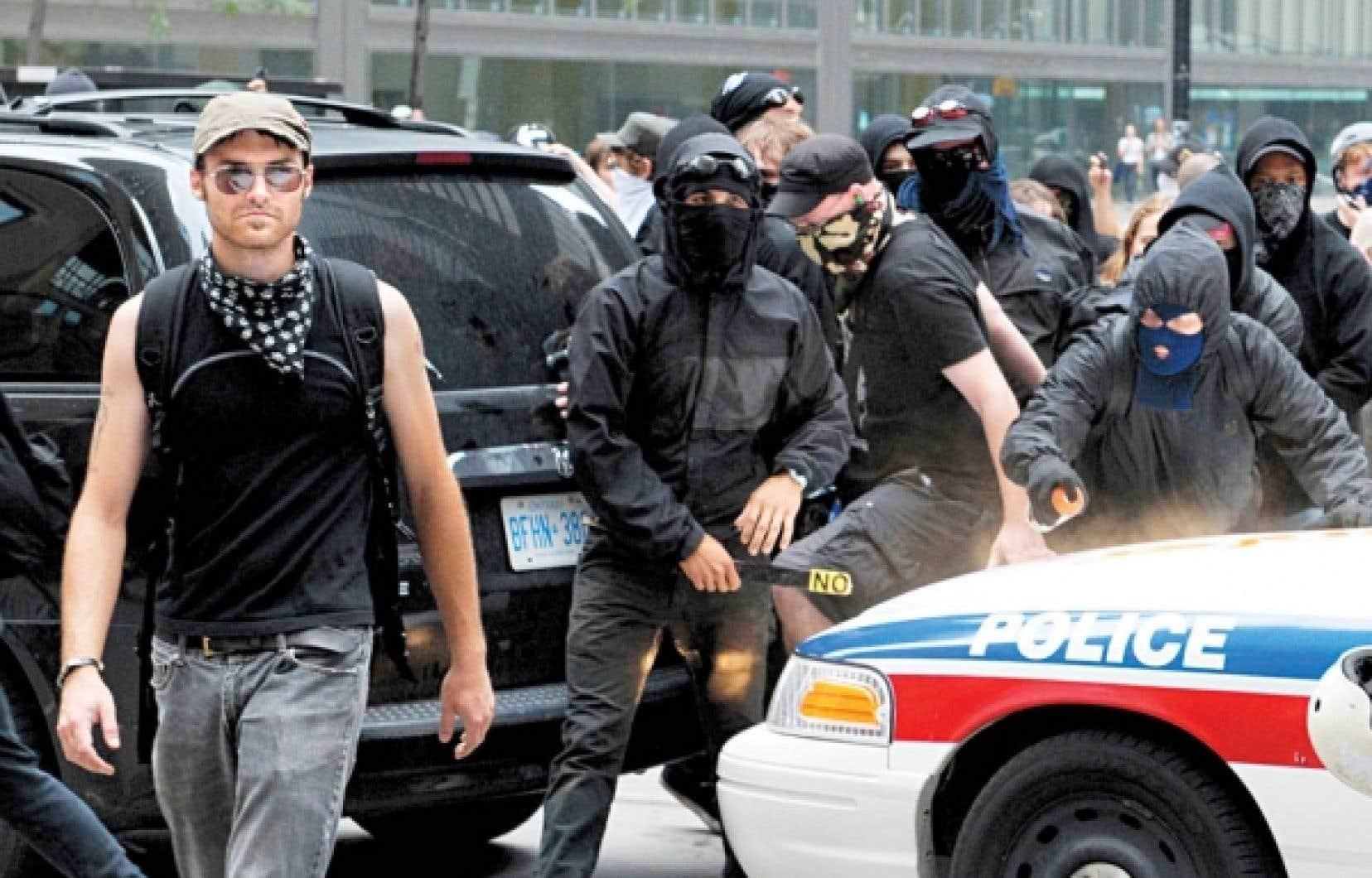 Des membres des Black Blocs ne croient pas qu'il faut toujours avoir recours à la force, ni qu'il s'agit là de la forme la plus pure du militantisme.