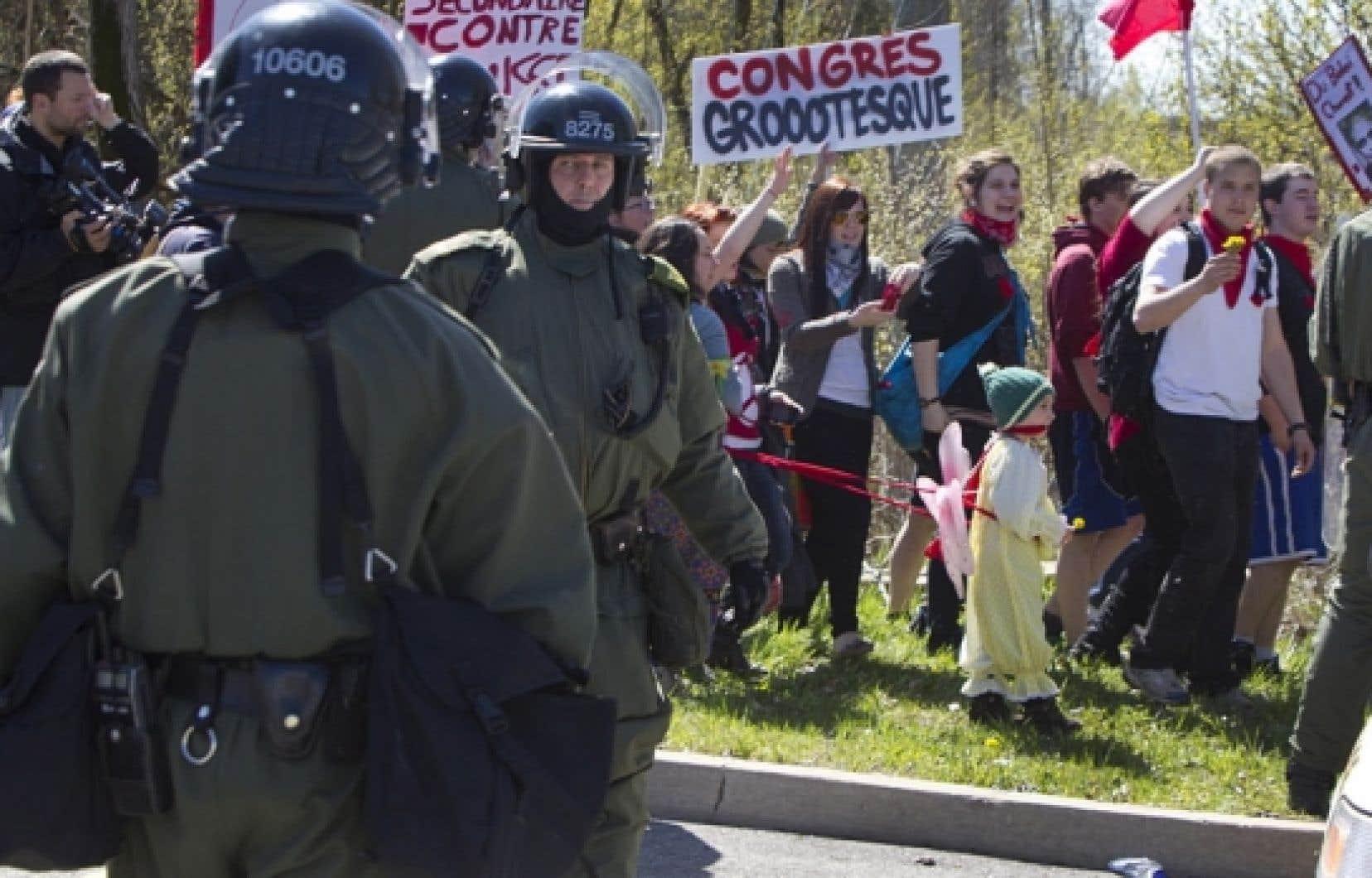 D&#39;autres manifestations ont eu lieu aujourd&#39;hui &agrave; Victoriaville, mais sans la violence de la veille. <br />